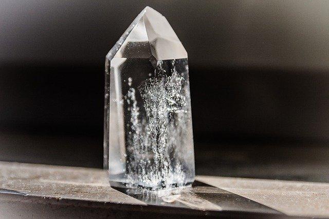 jak czyścić krysztaly